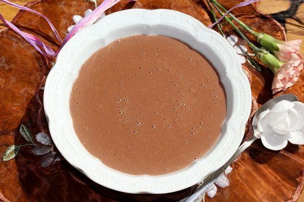 Czekoladowo-bananowy pudding z kaszy manny
