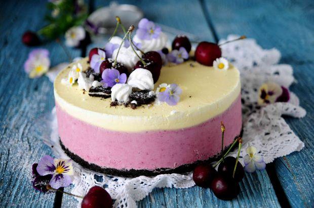 Czereśniowy tort lodowy