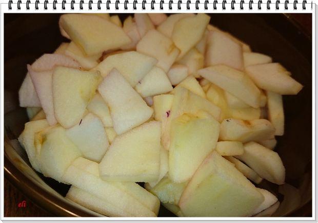 Czerwona kapusta Eli z jabłkami