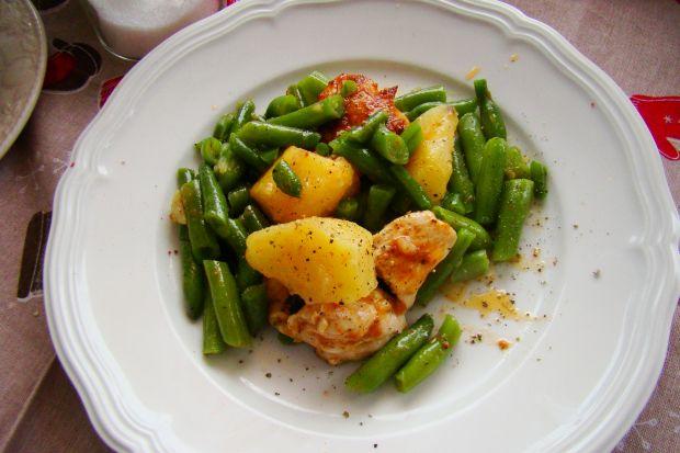 Danie z patelni - ziemniaki, fasolka i kurczaka