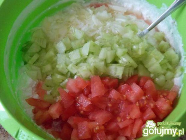 Delikatny twarożek z warzywami
