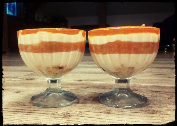 Deser waniliowo - brzoskwiniowy