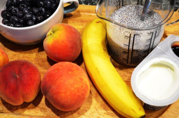 Deser z chia i musem owocowym