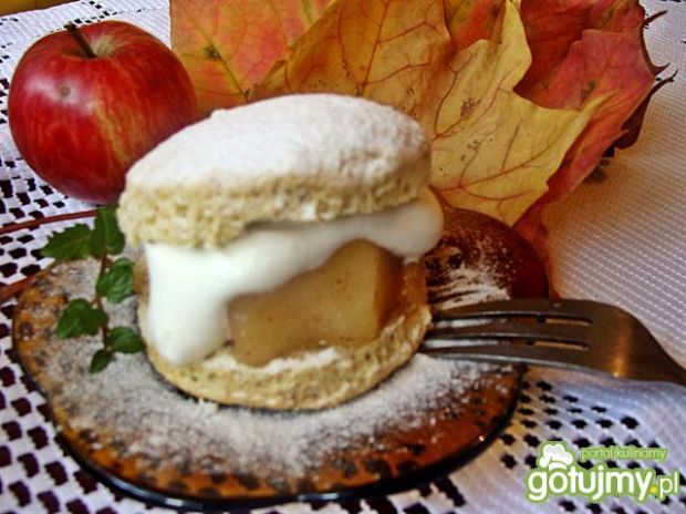 Deser z jabłkami wg iziona