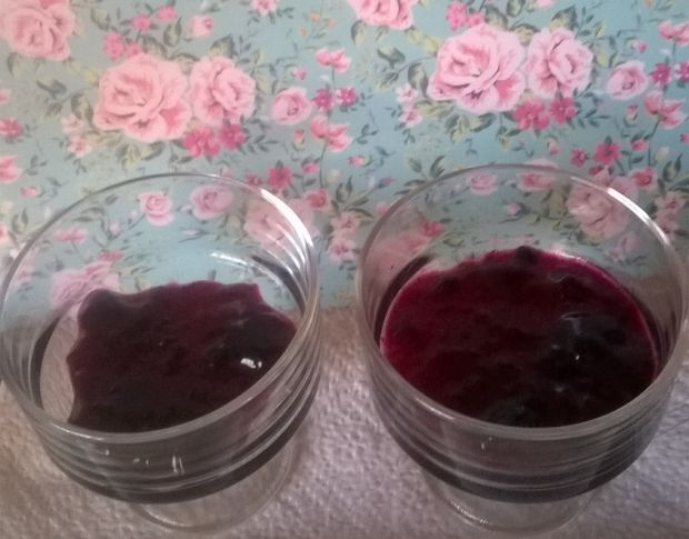 Deserek z winogronami