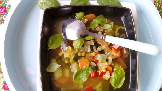 Dietetyczna zupa jarzynowa 7 smaków