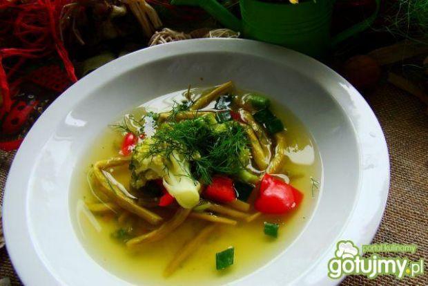 Dietetyczna zupka brokułowa z papryką