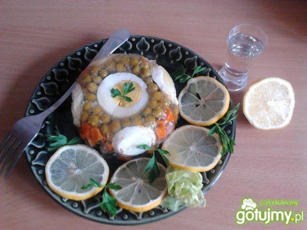 Domowa galareta z kaczki z warzywami