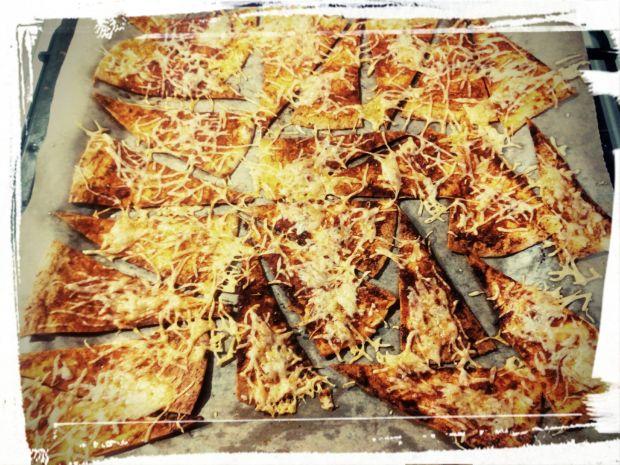 Domowe nachosy z tortilli