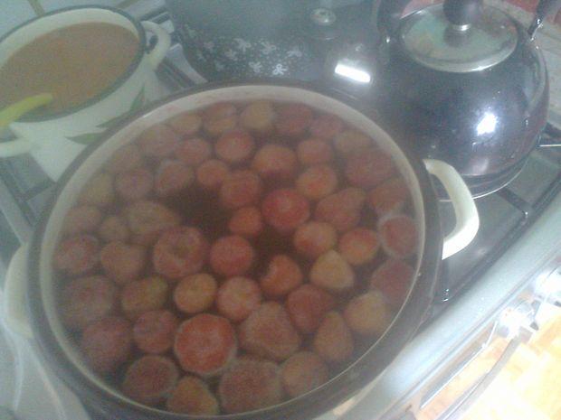 Domowy kompot truskawkowy