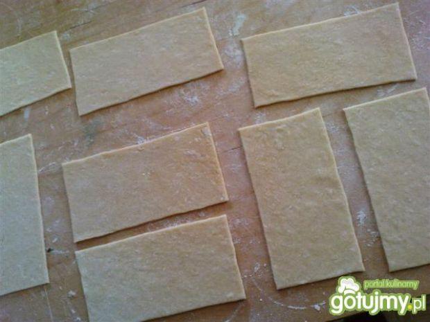 Domowy makaron lasagne