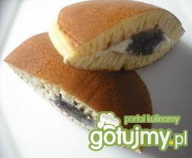 Dorajaki -racuchy z pastą fasolową