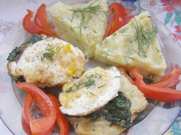 Dorsz czarny z jajkiem,szpinakiem na obiad