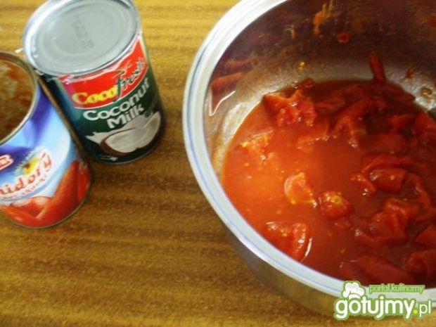 Dorsz w sosie pomidorowo-kokosowym