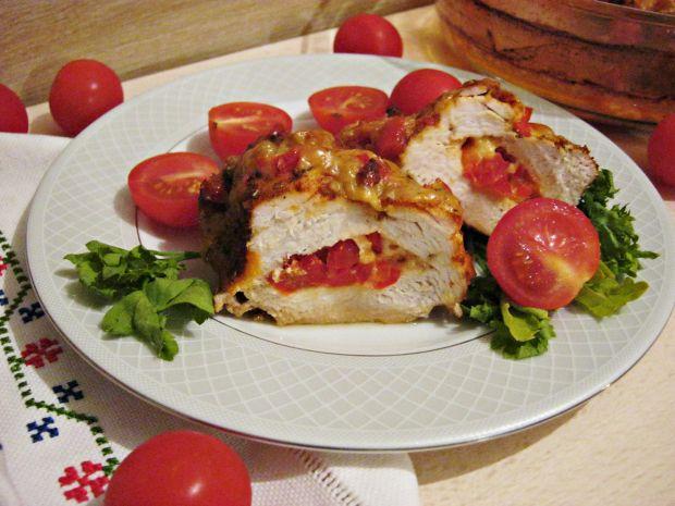 Drobiowe kieszonki z papryką i serem