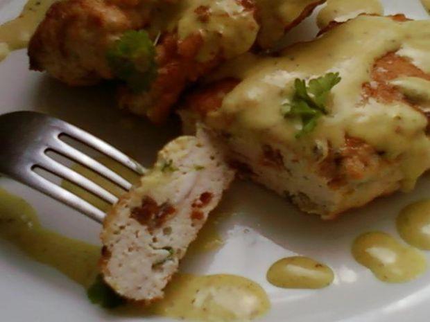 Drobiowe kotleciki mielone z sosem curry