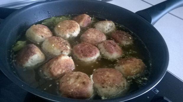 Drobiowe pulpeciki w sosie pieczarkowym