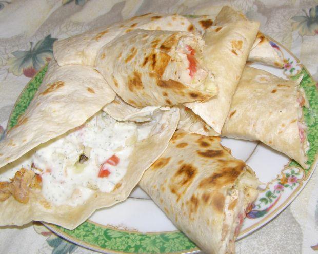 Drobiowo-warzywna tortilla