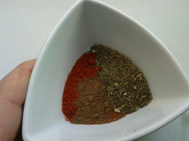 Drobiowy gulasz z dynią i fasolką