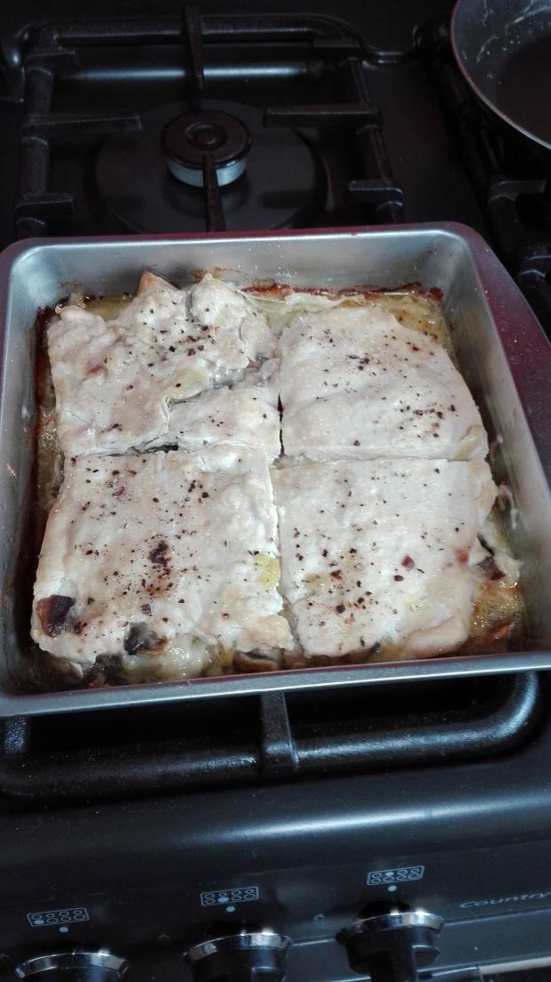 Drobiowy sandwich z pieczarkami