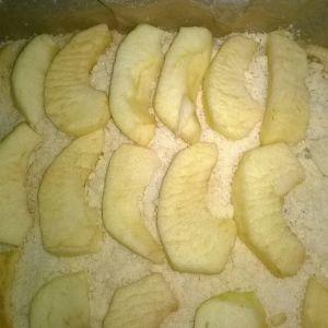 Drożdżówka z jabłkami