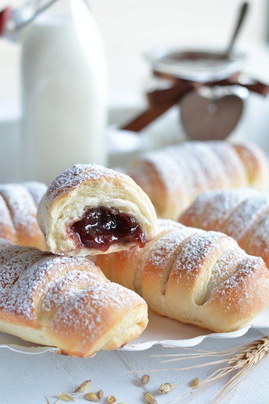 Drożdżówki (flauti) nadziewane kremem czekoladowo-