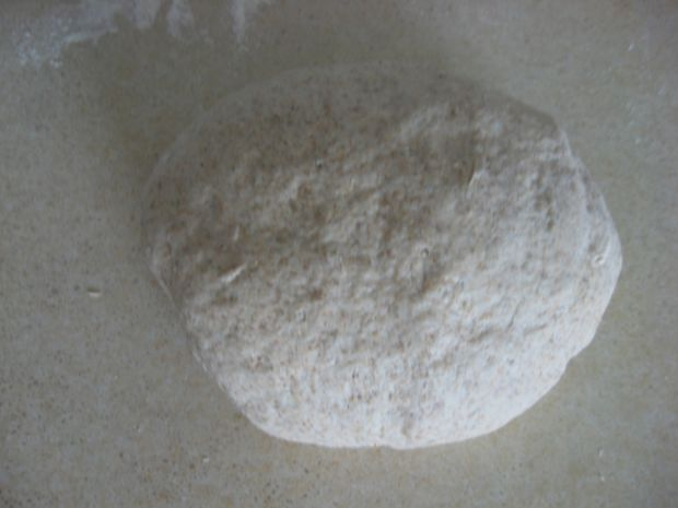Drożdżowy chleb z sokiem pomarańczowym