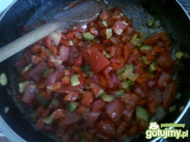 Duszone warzywa z pieczonym ziemniakami
