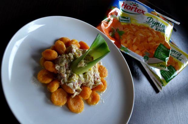 Dyniowe gnocchi z sosem serowo-pieprzowym