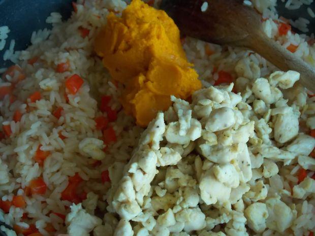Dyniowe risotto z papryką i kurczakiem
