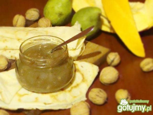 Dyniowo-gruszkowy dżem z orzechami