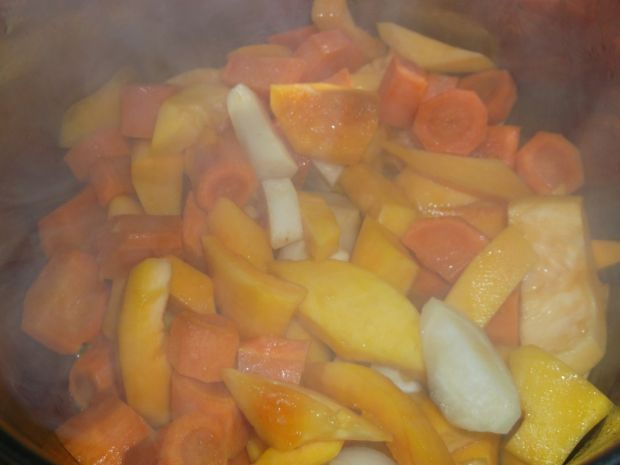Dyniowo-marchewkowa zupa krem