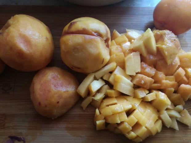 Dżem brzoskwiniowy z garam masala