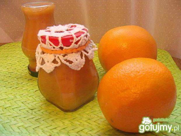 Dżem z owoców pigwy