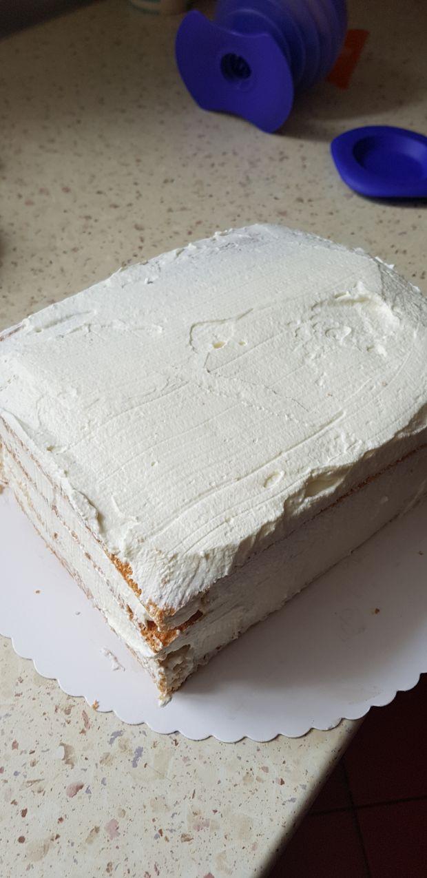 Dzień Mamy -Tort śmietanowo tofii