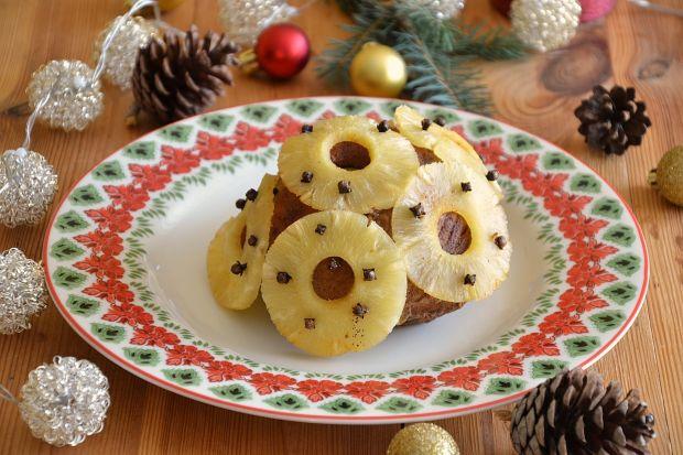 Egzotyczna szynka z ananasem