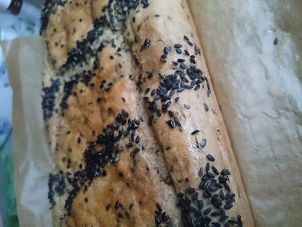 Ekspresowy chleb żytni na maślance bez wyrabiania