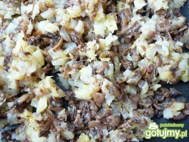 Farsz z białej kapusty i grzybów