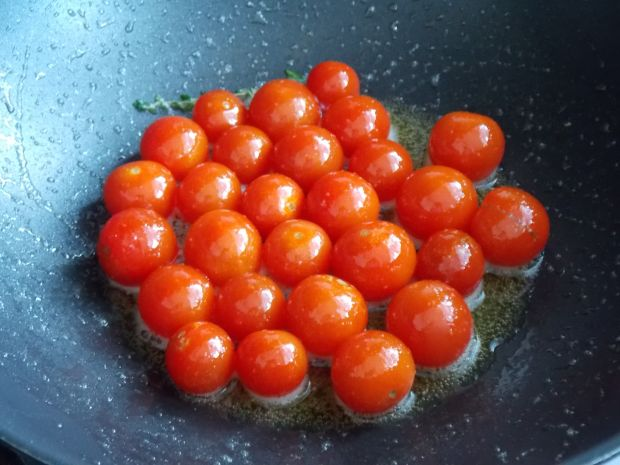 Fasolka szparagowa z kuskusem i pomidorkami