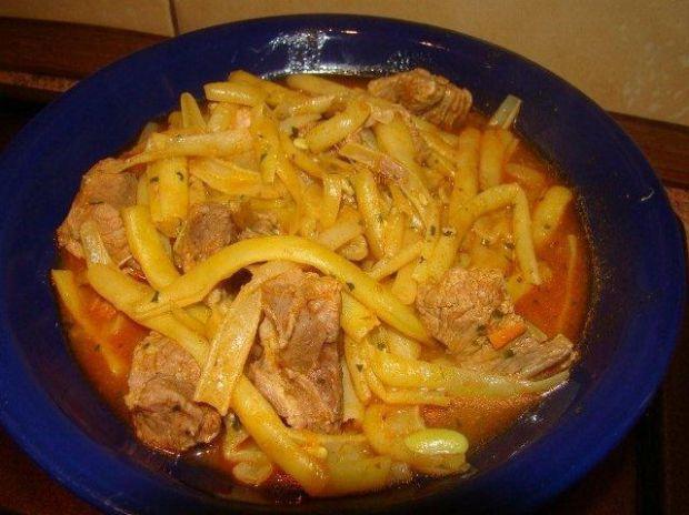 Fasolka z mięsem po bułgarsku