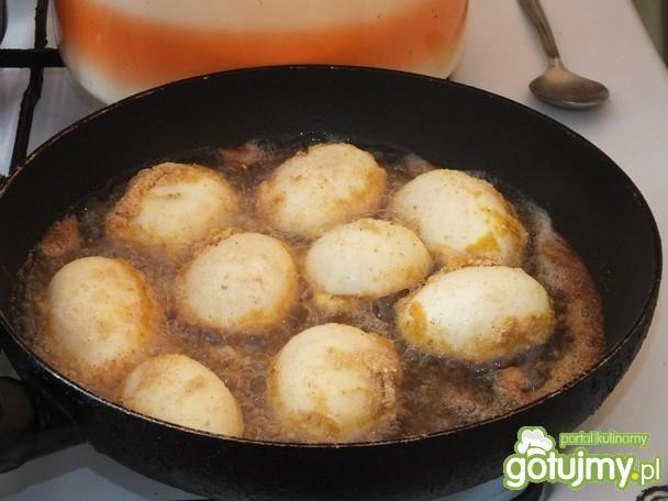 Faszerowane jaja w panierce