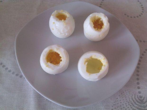 Faszerowane jajeczne beczułki