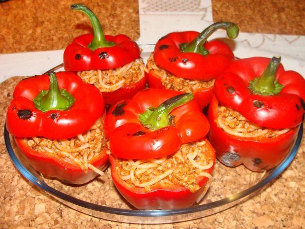 Faszerowane spaghetti papryki