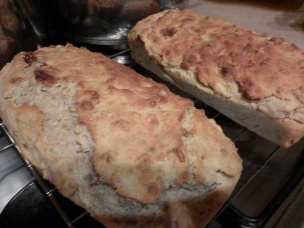 Figa i morela w kefirowym chlebku