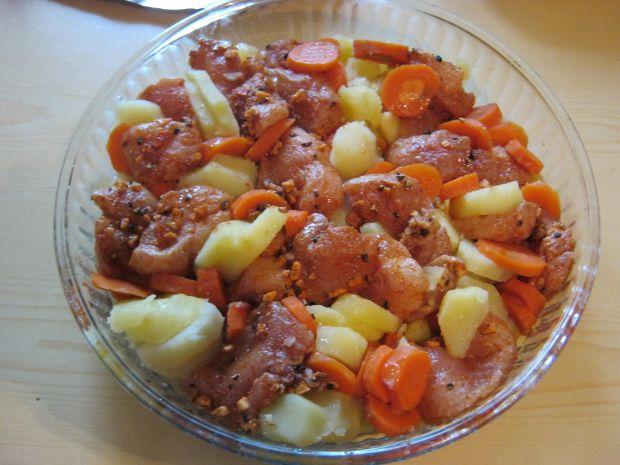 Fileciki w pomarańczowym pieprzu z warzywami