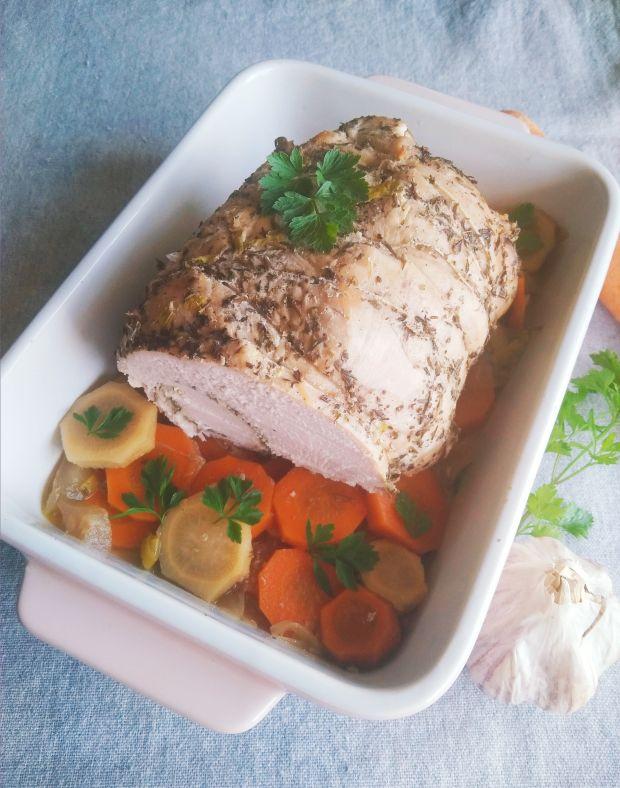 Filet z indyka pieczony w warzywach