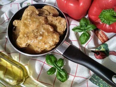 Filet z indyka w sosie