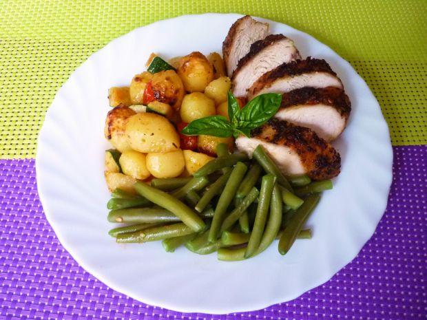 Filet z kurczaka z bazylią i czosnkiem