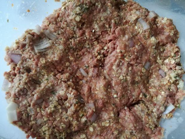 Fit Pieczone kotlety mielone z kuskusem