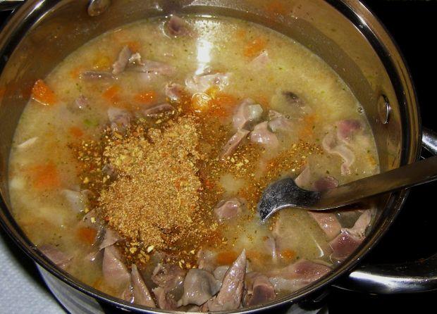 Flaczki z żołądków kurczaka...